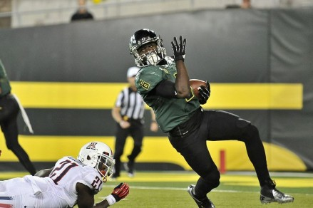 De'Anthony Thomas tallied 128 rushing yards and two scores against Nicholls State.