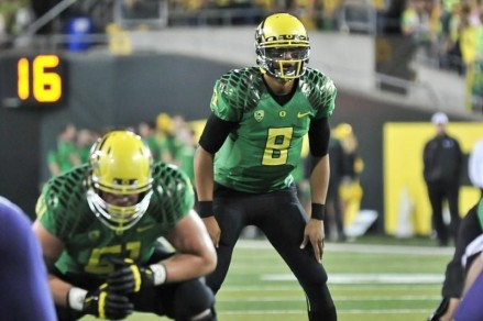 Marcus Mariota threw four touchdown passes against a ranked Huskies team in 2012.