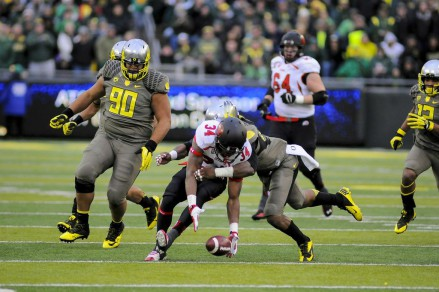 The Utah offense had a tough time moving against the Oregon defense in the second half.