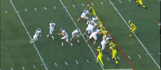 Armstead attacks the B-gap, while Buckner absorbs a double team.