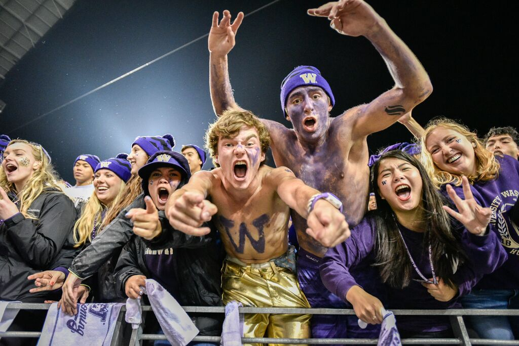 Washington's student section was fired up for Saturday's game.